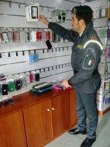 02.05.2013 - contraff. marchi e sicurezza prodotti