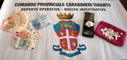 droga e denaro sequestrati 2122015